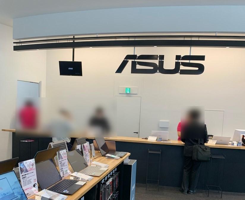 ASUS Store Akasakaカウンター綺麗