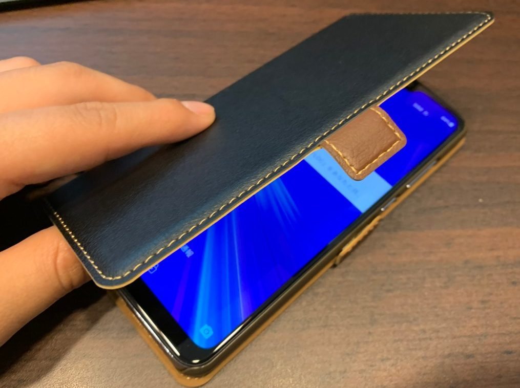 ガジェヒト編集部で「Zenfone Max Pro M2(ゼンフォンマックスプロエムツー)」用のケースを購入